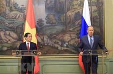 俄罗斯媒体密集报道越南外长访俄之旅