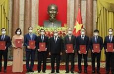 越南国家主席阮春福委任8位新驻外大使