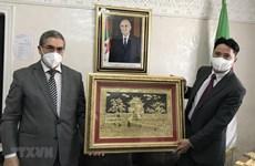 越南与阿尔及利亚促进经贸合作