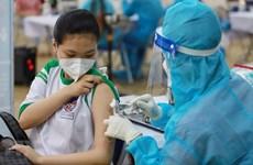 胡志明市正式为学生接种新冠疫苗