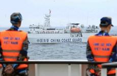 越中两国海警开展北部湾共同渔区渔业海上联合检查(组图)