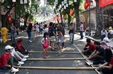 庆祝首都解放日的活动热闹举行(组图)