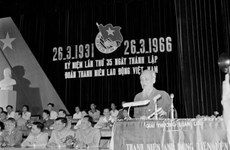 组图:在抗美救国和北部社会主义建设事业中的胡主席形象(1966 -1969年阶段)
