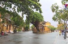 台风过后会安古镇居民主动积极克服灾害后果
