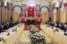 美国副总统哈里斯对越南进行访问