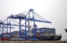 越南首次迎接载重13.1万吨集装箱船舶