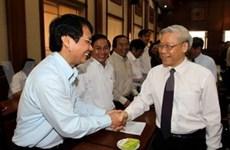 国会主席阮富仲和中央工作小组赴西原各省份视察