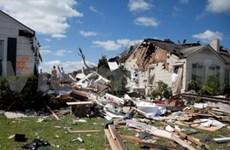 越南帮助美国人民克服龙卷风造成的后果