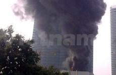 敬南河内陆标塔发生火灾
