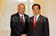 越南政府总理圆满结束对乌兹别克斯坦的正式访问