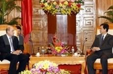 政府总理阮晋勇接见古巴外贸外资部长