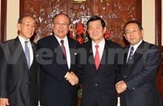 国家主席张晋创接见日越友好议员联盟会长