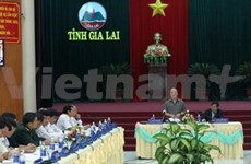 国会主席阮生雄接触得乐省少数民族选民