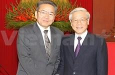 越共总书记阮富仲会见日本共产党中委员会副主席