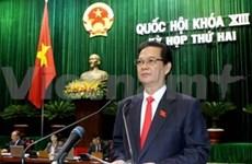 政府总理阮晋勇回答国会代表质询