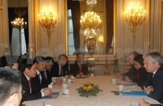 越南愿意同比利时王国推动财政和经贸合作