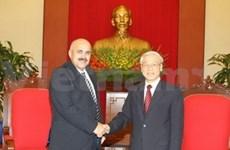 阮富仲总书记会见古巴革命保护委员会主席