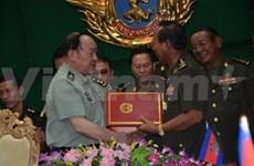 柬埔寨与中国签署军事合作协议