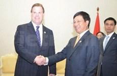 越南外长会见加拿大、巴基斯坦和朝鲜等国家外长