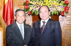 越南与老挝优先发展人力资源合作