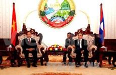 越南政府副总理会见老挝高级领导