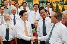越南国家主席会见胡志明市战期战俘代表