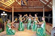越老文化周在越南山罗省开幕