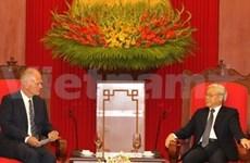 越共中央总书记阮富仲会见欧盟驻越代表团团长