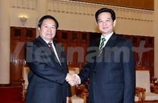 越南政府总理阮晋勇会见国际友人