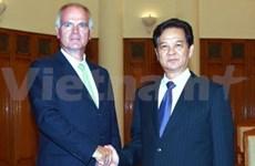 阮晋勇总理会见新任欧盟和法国驻越大使