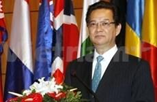 越南总理:当前的关键时刻 东盟更需团结一致
