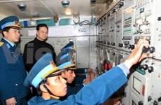 越南政府总理阮晋勇视察军队某防空团