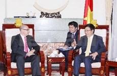 厄瓜多尔外交商务部代表团访越