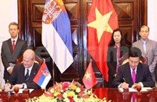 塞尔维亚外长:希望加强与越南传统友好关系