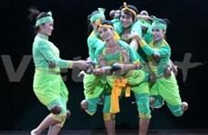 越柬加强文化艺术合作