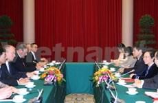 越南领导分别会见来访的德国客人
