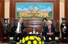 越南胡志明市领导会见斯洛伐克外交部副部长
