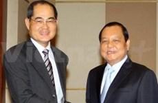 新加坡希望加强与越南的服务合作关系