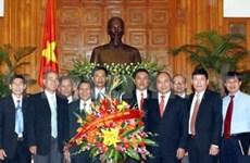 阮春福副总理会见越南基督教传教协会理事会代表团