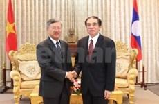 越南清化省与老挝华潘省加强防务合作