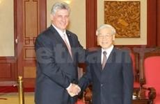 越南同古巴进一步巩固深化两国传统友谊