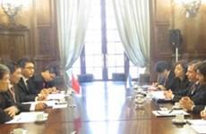 越南与阿根廷分享多边谈判经验