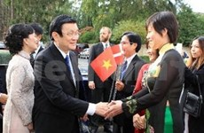 越南国家主席张晋创出席丹麦女王所设的国宴