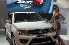 许多豪华新车型在2013年越南车展亮相