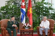 古巴共产党第二书记会见越南国防部高级代表团