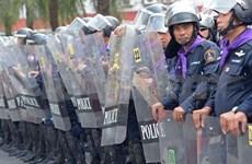 泰国政府呼吁示威领袖投降