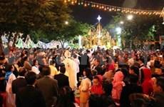 越南天主教团结委员会代表向中央民运部领导祝贺新年