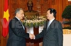 阮晋勇总理会见埃及大使