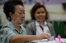 泰国选举委员会将同英拉总理商议补选日期