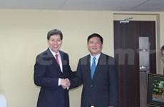 越南与新加坡和欧盟加强交通运输合作
